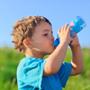 Kinder und ihr Flüssigkeitshaushalt